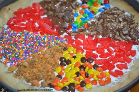 sugar cookie pizza hugs  cookies xoxo