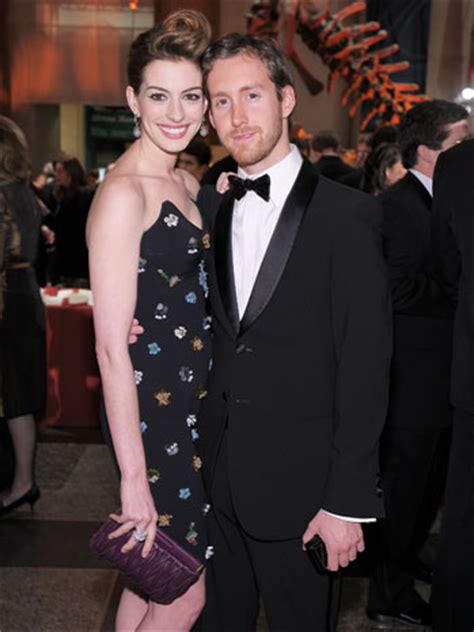 anne hathaway marries adam shulman  big sur hollywood