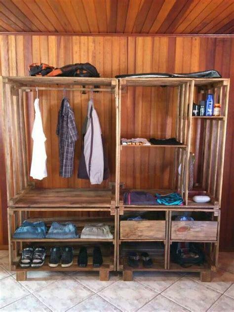 161 12 closets que puedes hacer con madera reciclada ideas perfectas