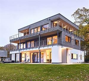 Bauhaus Architektur Merkmale : bauhaus modern living von baufritz designhaus architektur in holzbauweise ~ Frokenaadalensverden.com Haus und Dekorationen