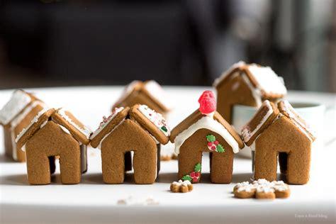mini gingerbread houses    food blog    food blog