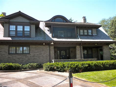 House Of Omaha by Warren Buffett Billionaire Still Lives In Modest Omaha