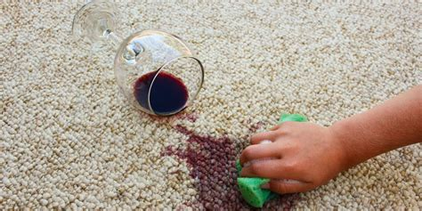 Ready with your baking soda and vinegar, getting mildew and odour out of your carpet is a simple and easy process. How to Clean Carpet - Best Way to Get Stains Out of Carpet