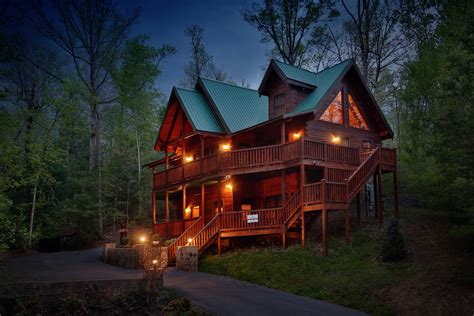 mountain cabins for 5 plus bedroom bedrooms smoky mountain cabin rentals