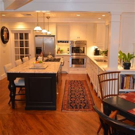kitchen islands with stoves chief stoves in center island designs center island with 5285