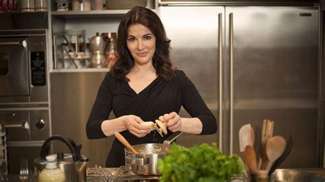 programme tv cuisine nigella brings the spirit of cooking home