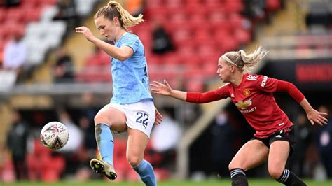Sam Mewis: City are still growing!