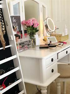 5, Reasons, Every, Woman, Needs, A, Makeup, Vanity, Table, And, How, To, Organize, Your, Vanity