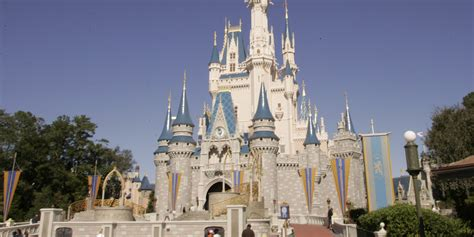 2 Died After Riding Disney World Attractions   HuffPost