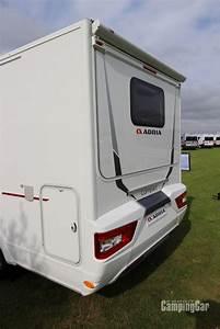 Actualités Camping Car : nouveaut s 2017 adria compact scs l 39 innovant slide out camping cars actualit s ~ Medecine-chirurgie-esthetiques.com Avis de Voitures