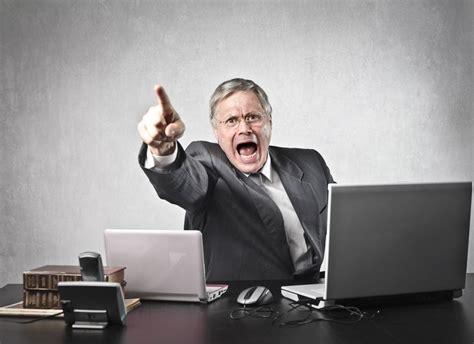 blog seu chefe  muito bravo aprenda  lidar  ele
