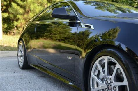 sell   cadillac cts  coupe  hp carbon