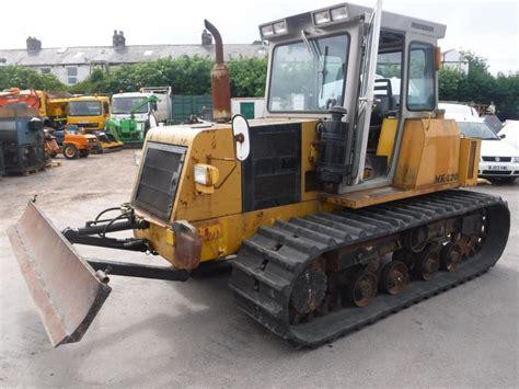 morooka mk crawler tractor cw  point linkage
