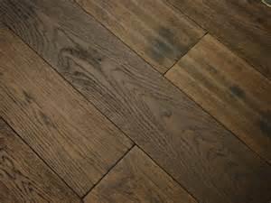 gunstock scraped oak wood engineered flooring