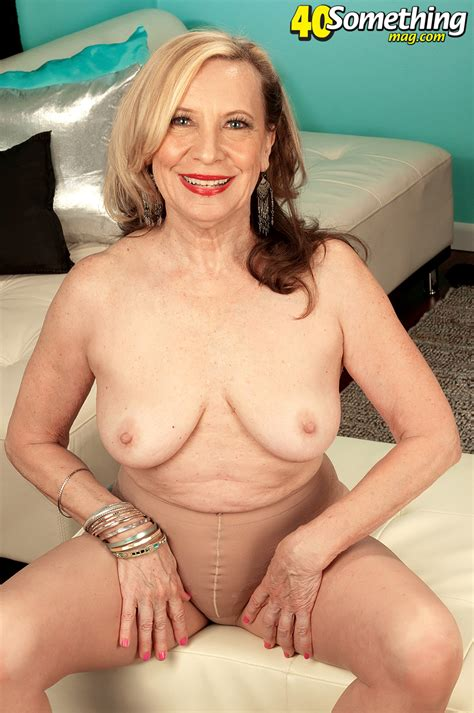 Sexy Gilf Slides Out Of Tights Mature Xxx Pics