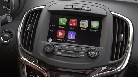apple carplay  guide  connecting  iphone