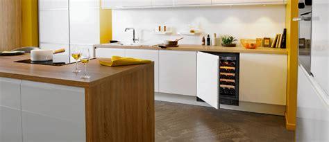 cave a vin encastrable cuisine gamme cave a vin compact cave à vin encastrable cuisine ou sous plan eurocave
