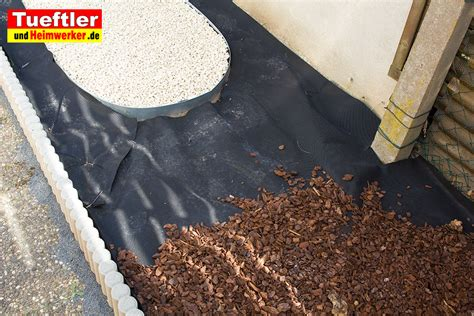 www heimwerker de unkraut im garten bek 228 mpfen welche hilfsmittel erleichtern die arbeittueftler und heimwerker de
