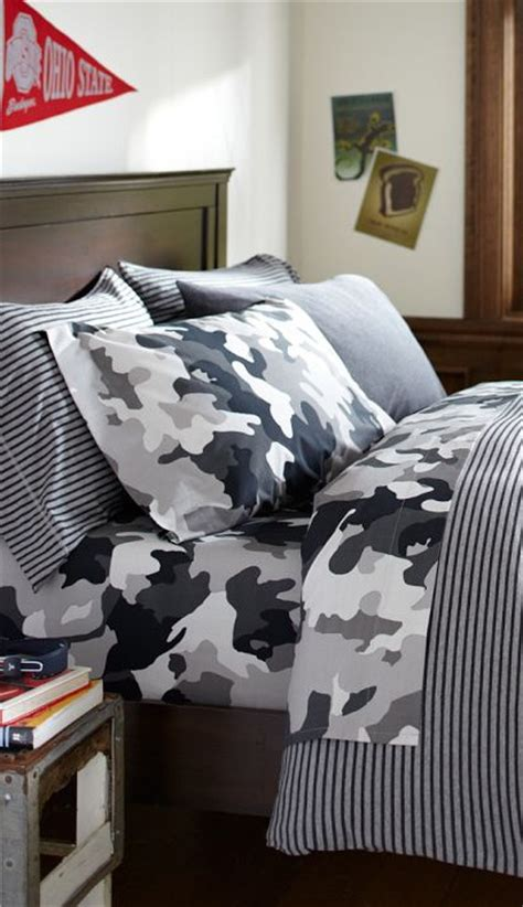 boys bedroom sets 89 best images about teen boy bedrooms on pinterest 10932 | 77679a0d69adf995a63dafd0e4c9f288