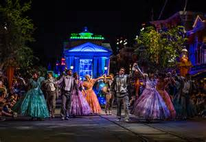 Disneyland Halloween Parade 2016