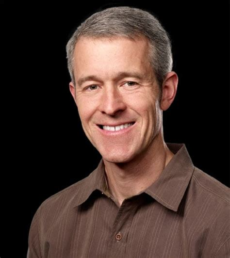 apple s jeff williams promoted to tim cook s former