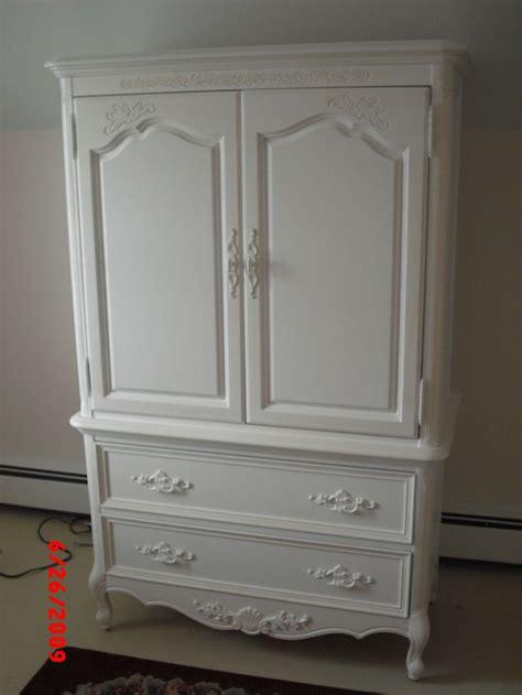 Dresser Wardrobe Furniture by 17 Best Images About Armoire Chifferobe Wardrobe
