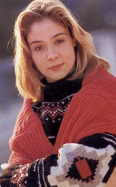 megan fellows picture of megan follows