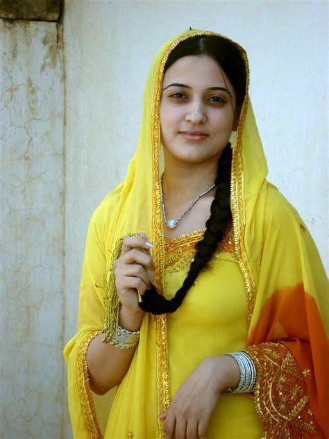 Pakistani Club Girls Xxx Pic Porno Look