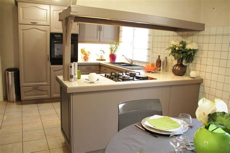 decorer cuisine toute blanche rénov cuisine le nouveau concept déco syntilor pour rénover votre cuisine déco le