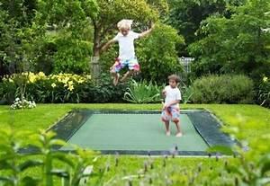 Trampolin Für Kinderzimmer : trampolin springen h pfen kinder spielplatzger te garten garten garten spielplatz und hinterhof ~ Frokenaadalensverden.com Haus und Dekorationen