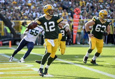 packers  seahawks  impressions