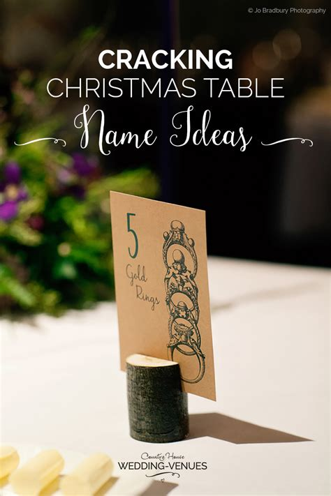 cracking christmas table  ideas chwv