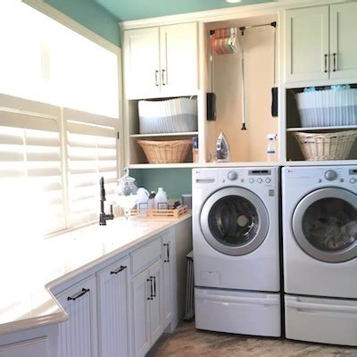 cabinets over washer and dryer 8 tricks for keeping your mudroom organized during the