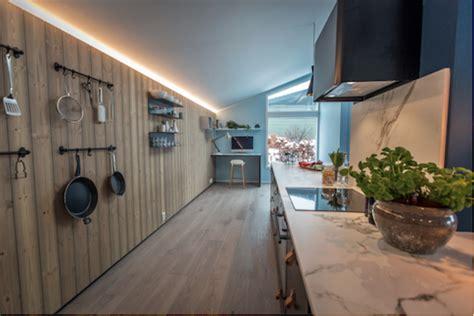 cuisine lambris intérieur scandinave bleu cuisine et lambris bois