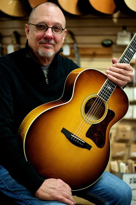 Maple Street Guitars   Acoustic, Classical and Electric