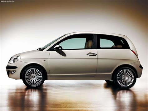 Lancia Ypsilon (2003) - picture 37 of 68
