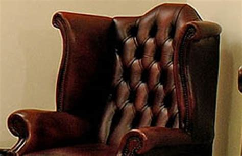 Poltrone Chesterfield Nuove In Pelle
