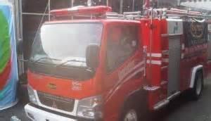 mobil pemadam kebakaran buatan indonesia laris  luar