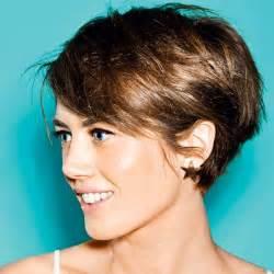 coupe de cheveux femme court dã gradã les 25 meilleures idées concernant cheveux courts sur styles de coupes au carré