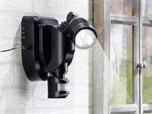 Led Spots Außenbeleuchtung : lunartec au enbeleuchtung spot solar single strahler mit pir 3w schwarz 2er set solar ~ Markanthonyermac.com Haus und Dekorationen