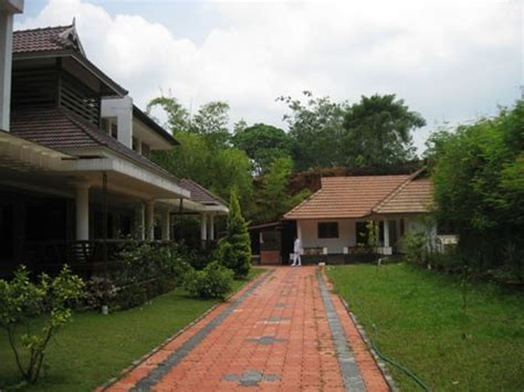 18000 Sqft Luxury House With 8.78 Acres Of Land For Sale