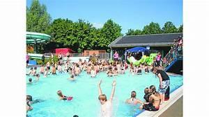 Wieviel Liter Passen In Einen Runden Pool : pool party wiefelstede zehn liter sollen in eine badekappe passen ~ Orissabook.com Haus und Dekorationen