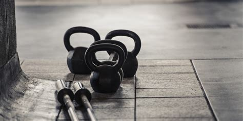 working kettlebells askmen workouts fitness health