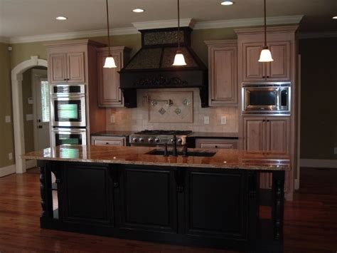 customized kitchen cabinets howard custom builders traditional kitchen 3066