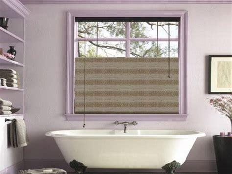 dekoration für badezimmer attraktive ideen f 252 r badezimmer fenster badezimmer fenster