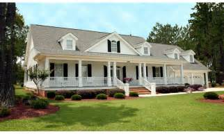 Farmhouse Style House Pictures by Southern Farmhouse Style House Plans Southern Living House