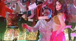 Humaima Malik steals the show in first Raja Natwarlal ...