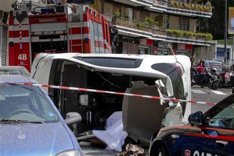 norme si鑒e auto incidenti stradali diminuiscono morti su strade città norme e sicurezza motori ansa it