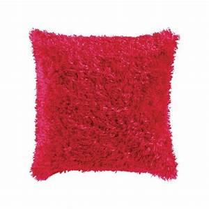Housse De Coussin Rouge : housse de coussin imitation fourrure rouge coussin et housse de coussin eminza ~ Teatrodelosmanantiales.com Idées de Décoration