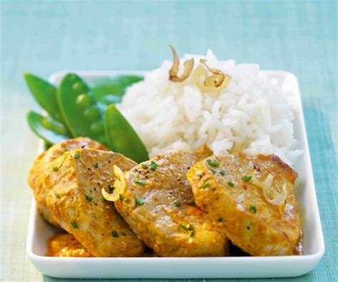 cuisiner blanc de poulet émincé de filet mignon de veau au curry doux recette de